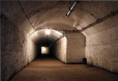Soviet Underground Submarine Station (20) 12