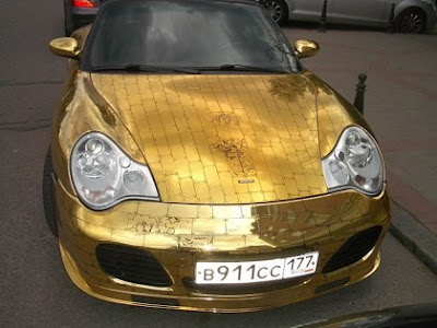 Porsche Covered In Gold (5) 1