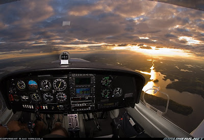 Amazing Cockpit Photos (24) 13