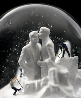 Incredible Snow Globes (21) 11