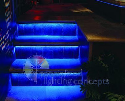 20 Creative and Modern Staircase Lighting Designs (20) 6