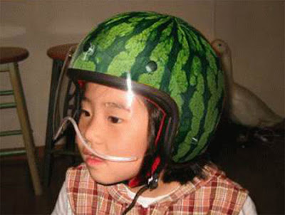 20 Cool and Creative Motorcycle Helmet Designs (20) 14