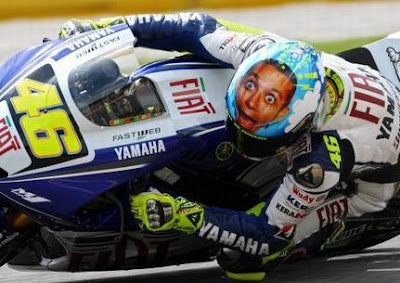 20 Cool and Creative Motorcycle Helmet Designs (20) 3