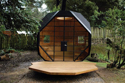 A Beautiful Compact House for your Backyard (6) 1