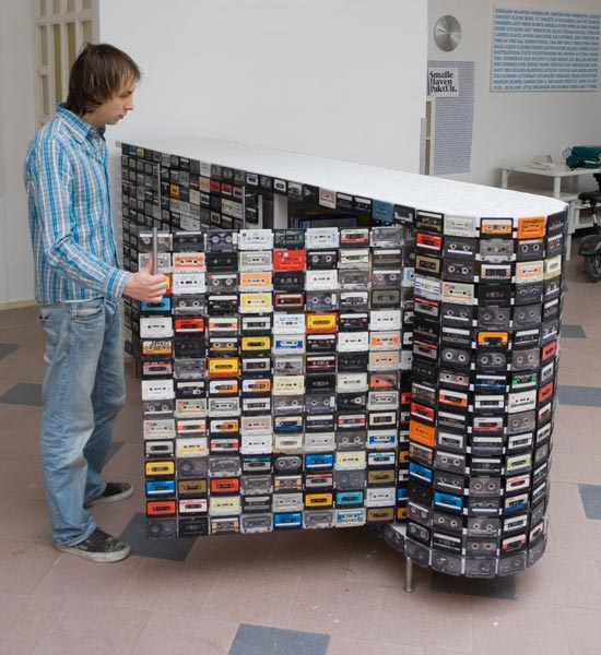 15 creative reuses of cassette tapes and cassette tape cases - Reciclar muebles viejos ...