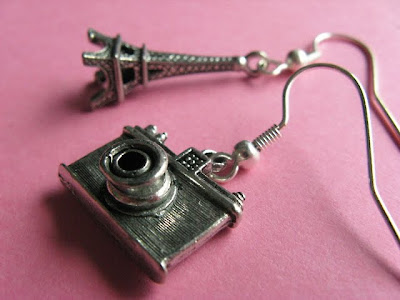 18 Creative and Cool Camera Earrings (18) 6
