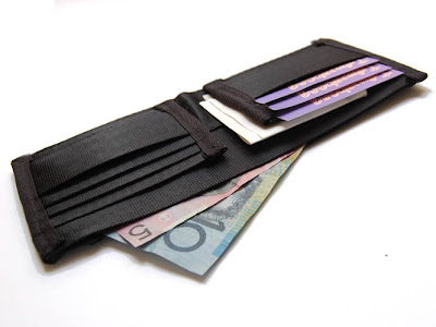 20 Creative and Cool Wallets (20) 12