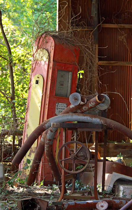 Old Gas Pump, Mississippi Delta