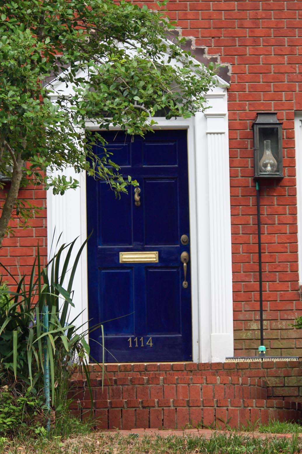 Southern Lagniappe  The Curb Appeal Of Doors