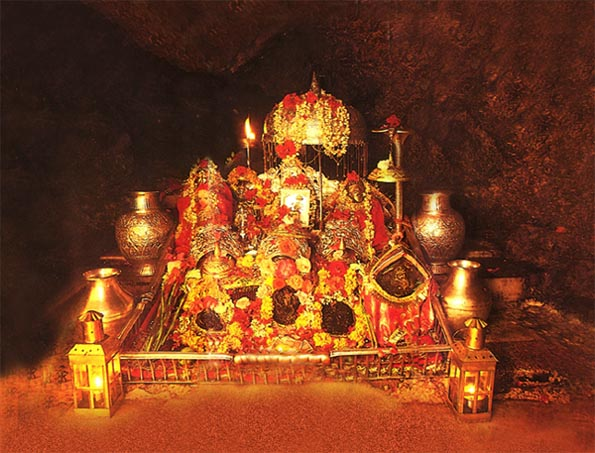 amarnath and vaishno devi yatra by helicopter with Shri Mata Vaishno Devi Ji Holy Cave on Chardham Routemap moreover Story besides 5 Days moreover Wildlife India Trip likewise Amarnath Temple.