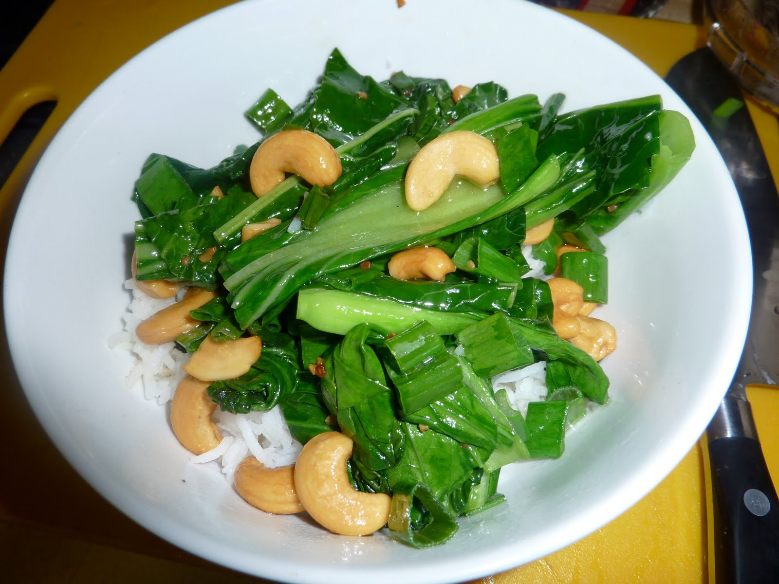 Stir-fry with Broccoli Rabe, Kale and Cashews