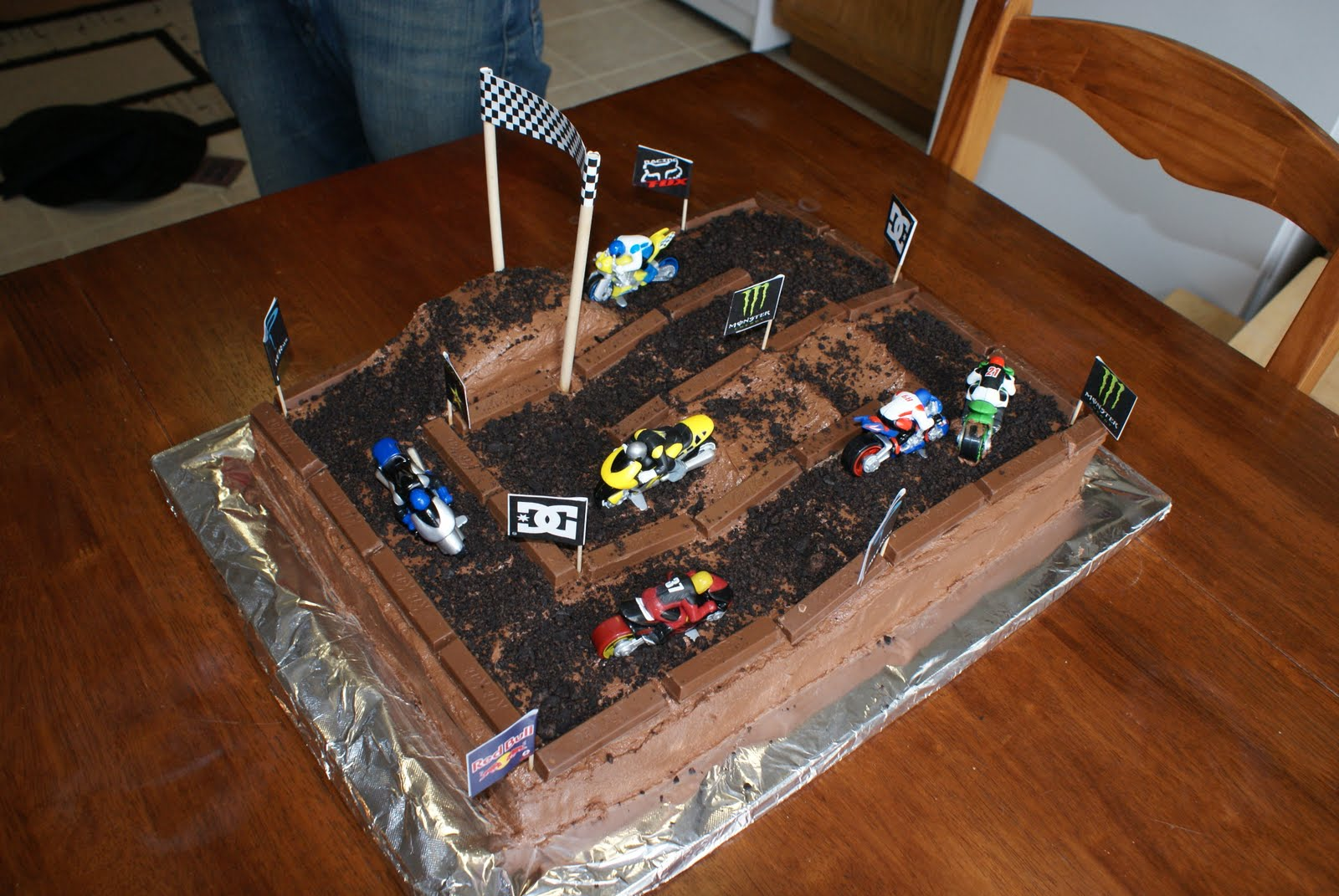 dirt bike cake -#main