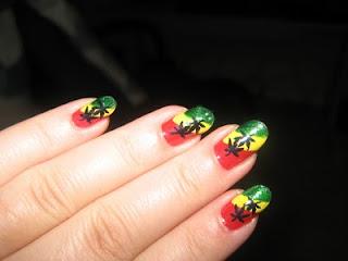 Best Nail Art : Raggae Manicure Fashion-2