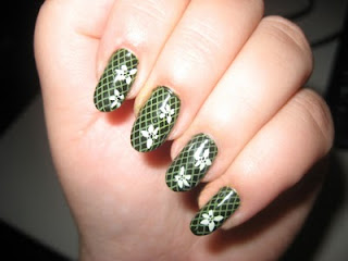 Modern Nail Art Green Summer 2010-1