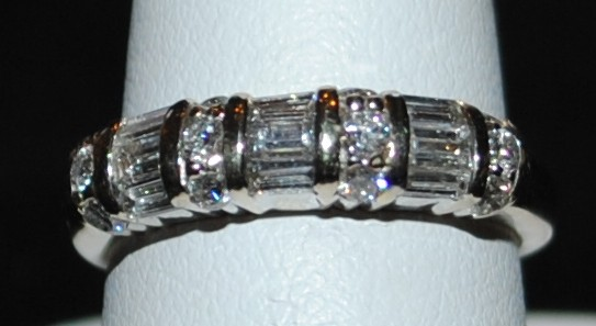 90 pts of quality baguette diamonds SI Clarity GH colour set in 14k