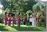 Pernikahan di taman Ubud