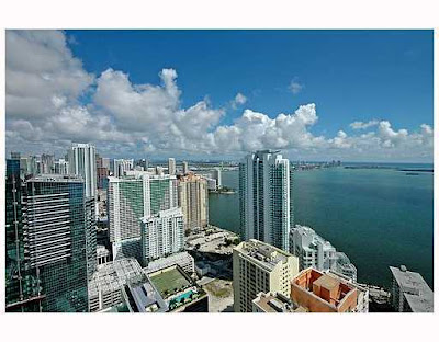 Four Seasons Condo at 1425 Brickell Ave. For Sale