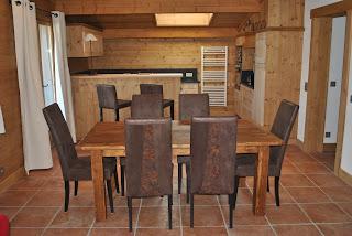 Salon et cuisine am ricaine grand salon salle manger - Salon avec cuisine americaine ...