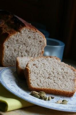 Chleb żytni na zakwasie bez drożdży
