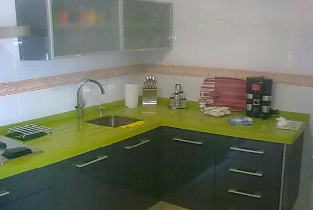 Encantador Grises Muebles De Cocina Verdes Ornamento - Ideas Del ...
