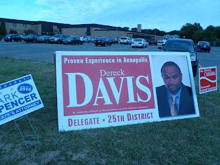 giant Dereck Davis campaign sign