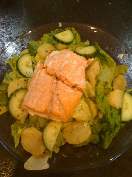Slimming World recipes: Salmon salad
