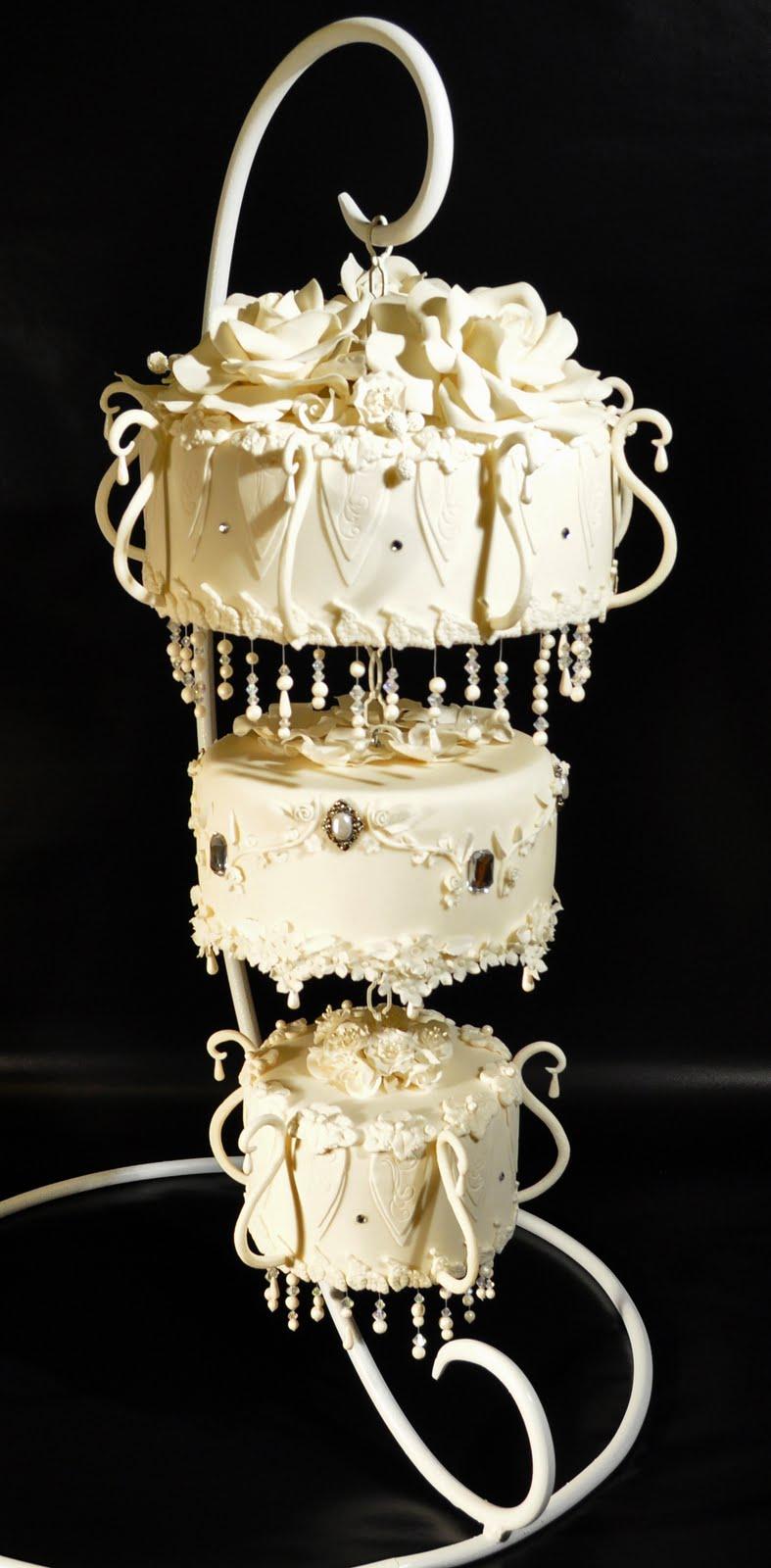 Подставки под торт люстра