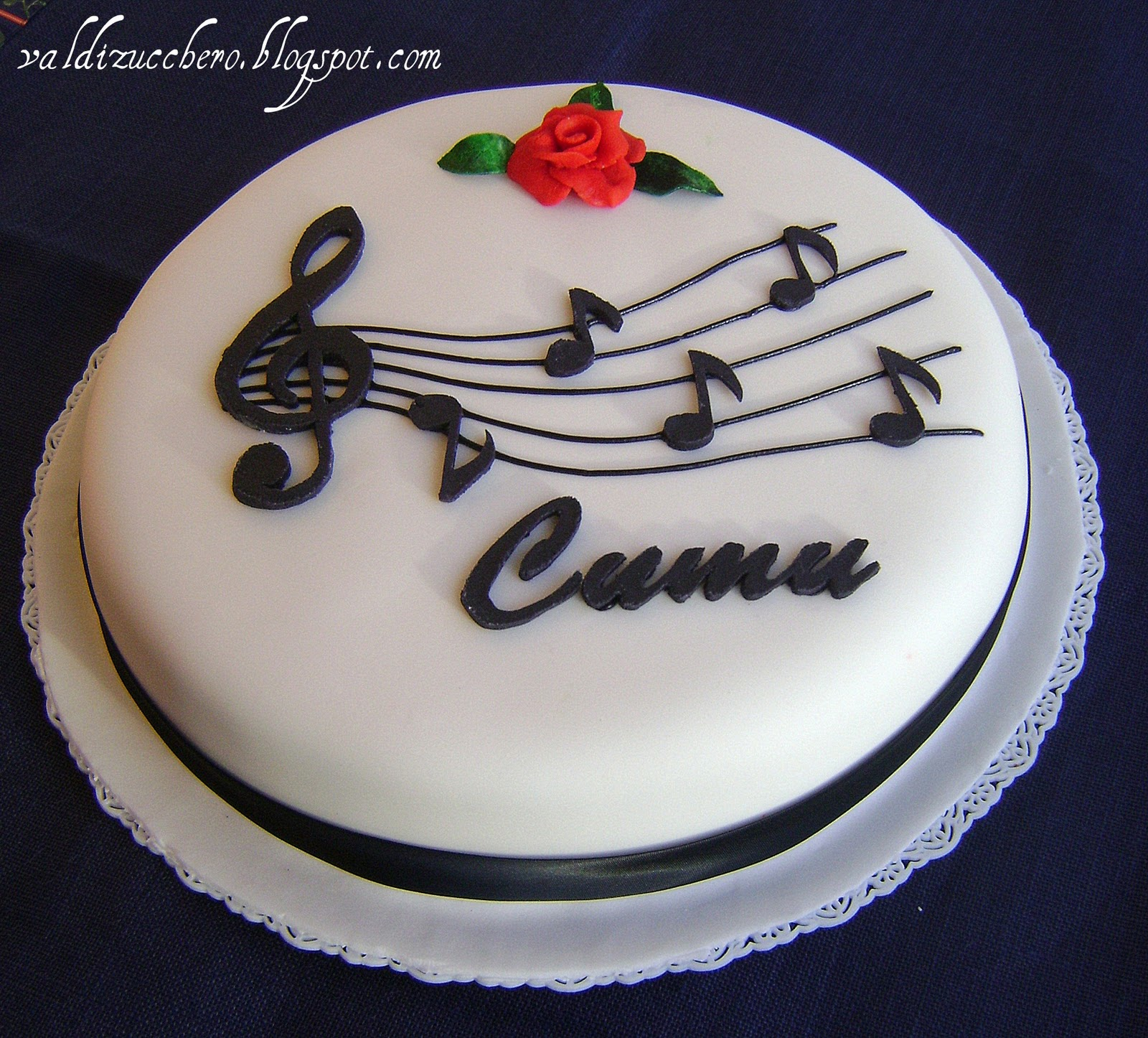 Birthday Cake Pictures With Song : Val di zucchero: Music cake
