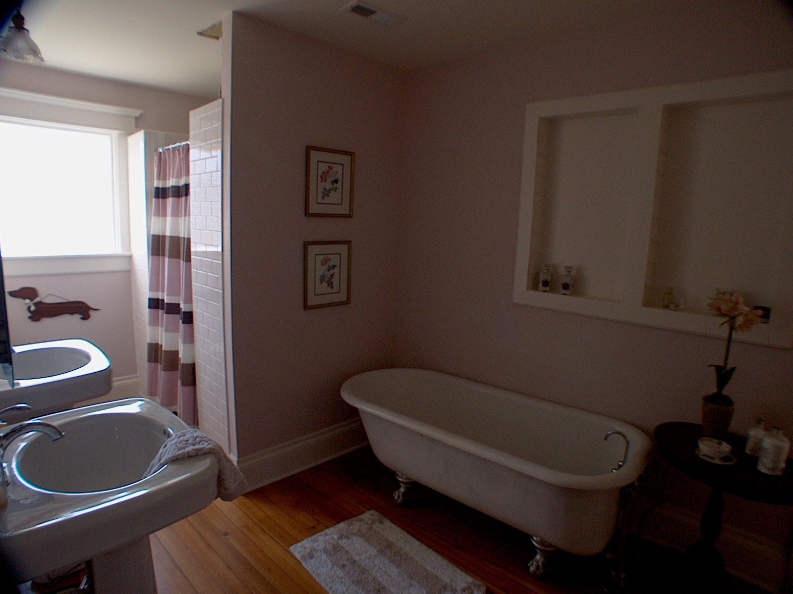 The Green Room Interiors Chattanooga Tn Interior Decorator Designer Bliss In The Bathroom