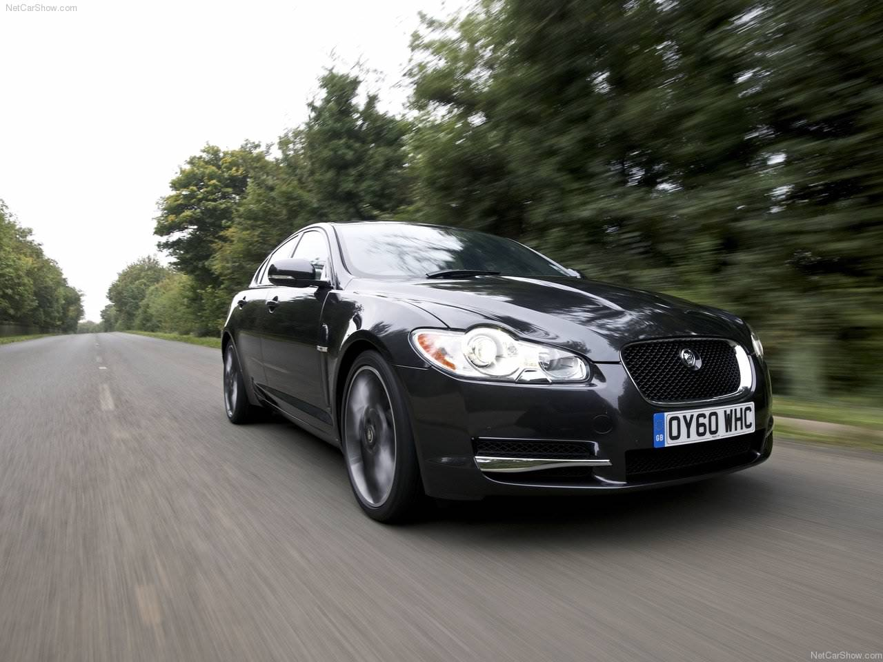 Jaguar XF Black Pack (2011)