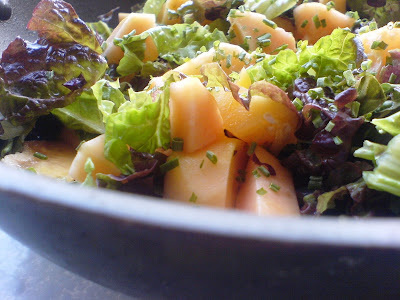 Papaya and Lettuce Salad