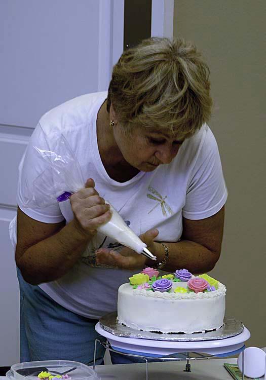 Happenings at florida grande knitting a cake for Florida grande motor coach resort