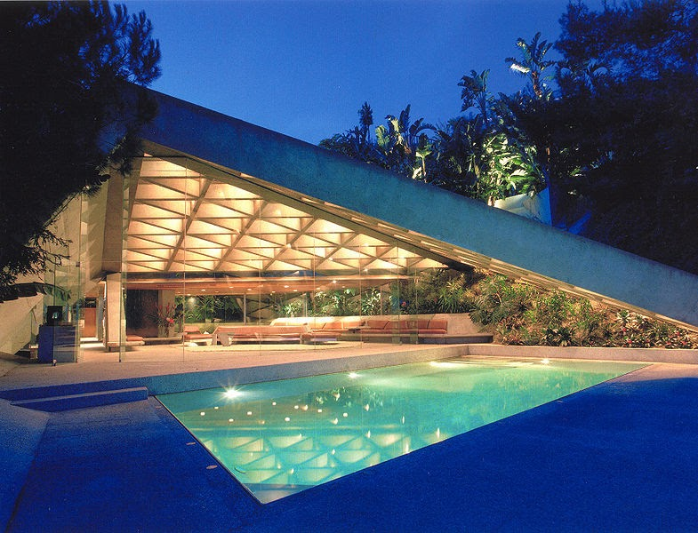 Watershapes water shapes knife edge perimeter overflow for Design consultant los angeles