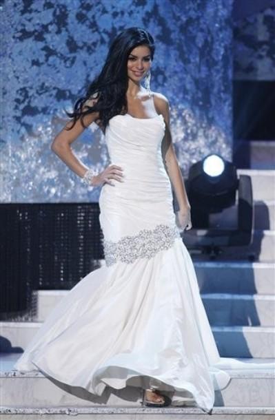 Miss Michigan Rima Fakih Pole Dancing