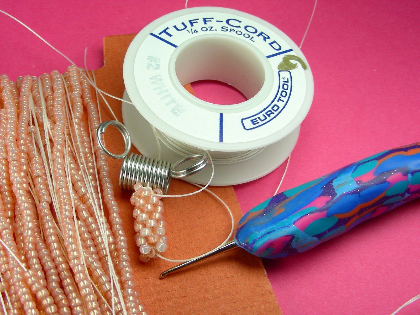 Guest Tutor: Cellphone Charm With Crochet Covered Bead {Tutorial