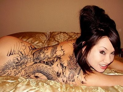 Dragon tattoo designs and sexy girl is one characteristic of young women