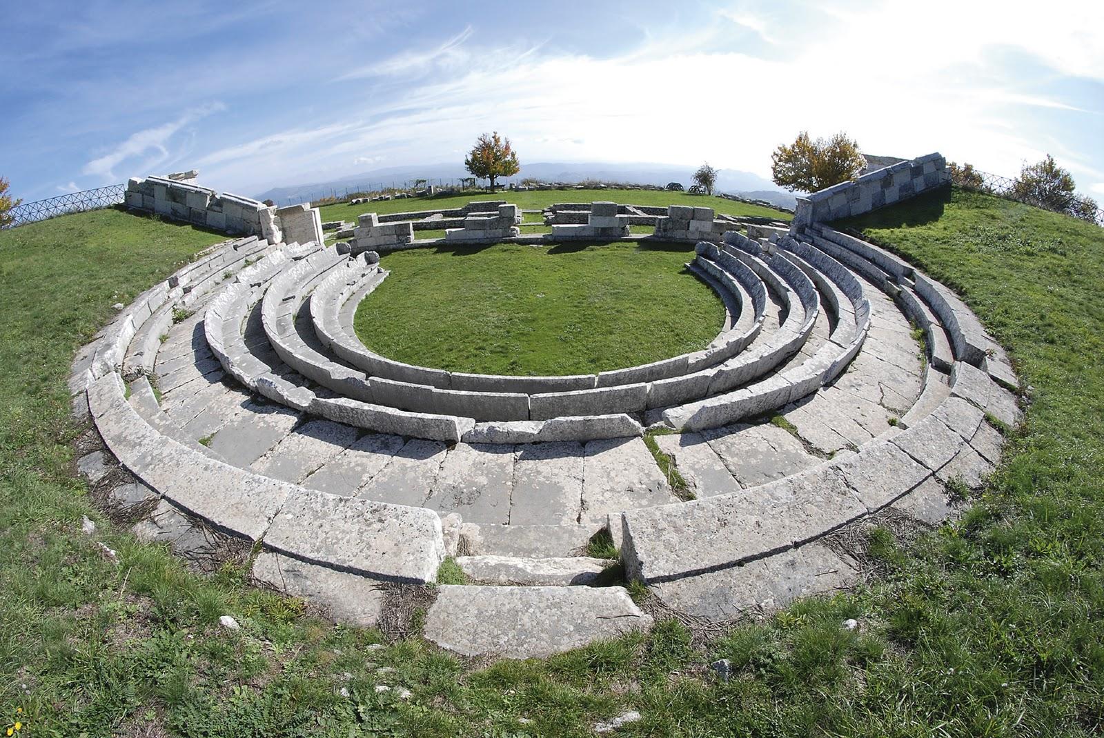 Pietrabbondanteblog il sito archeologico di for Immagini sito