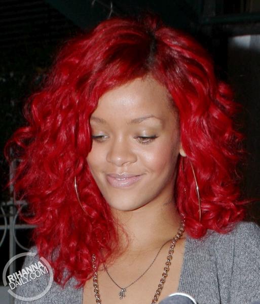 new rihanna hair 2011. Hair Red Rihanna 2011   New