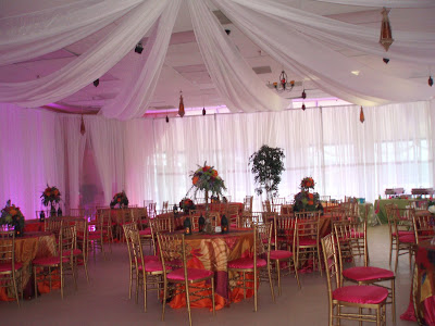 Liz had always dreamed of a wedding based on 1001 Arabian Nights with decor
