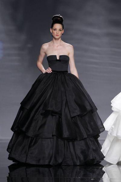 Vestido novia negro rosa clara