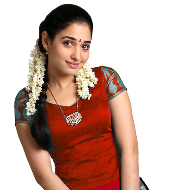 Tamanna In Half Saree Images & Pictures - Becuo