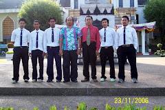 Di Depan Kantor Rektorat PSU, Pattani Campus, Thailand Selatan