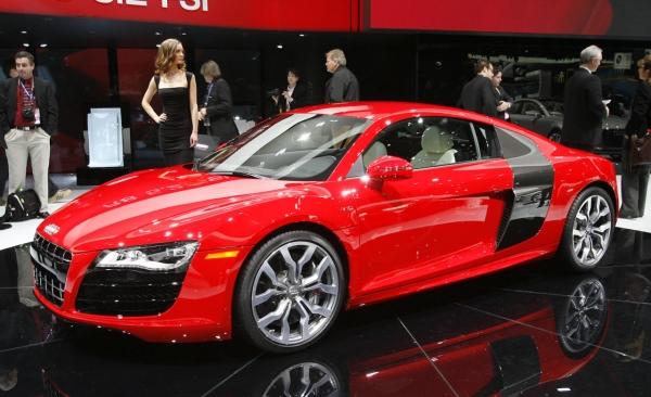 Audi R8 V10 5.2 Fsi Quattro. 2010 Audi R8 V10 5.2 FSI