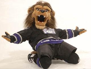Latest target of groping claim, L.A. hockey team mascot