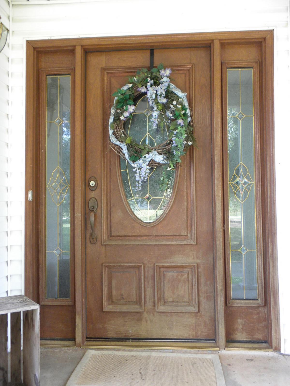 1600 #694935 Painted Front Door With Sidelights The Front Door Looked Like It picture/photo Painted Front Doors With Sidelights 41891200