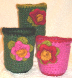 Aesthetic Nest: Crochet: Felted Flower Corsage Gifts