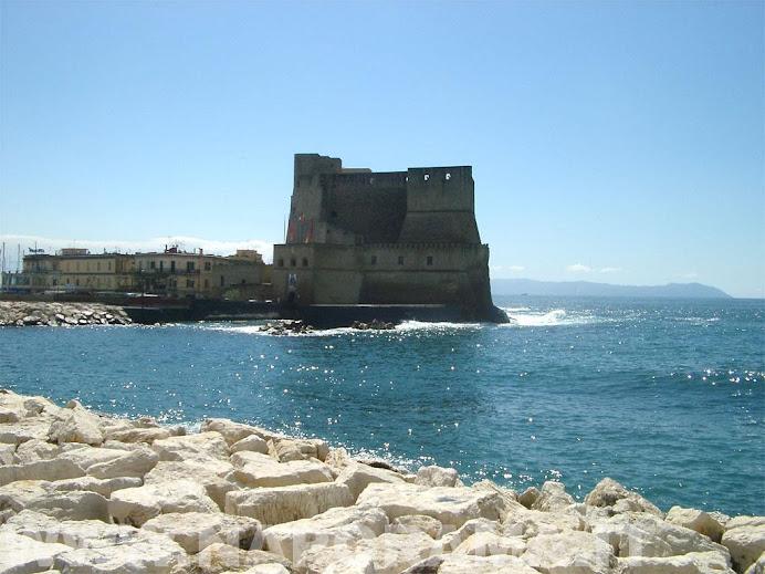 Ciao azzurro della mia Napoli.... a presto sole caldo dell'estate...