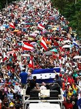 O povo nas ruas contra a ditadura dos golpistas em Honduras