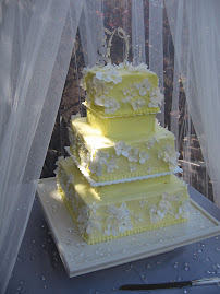 3-tier square buttercream