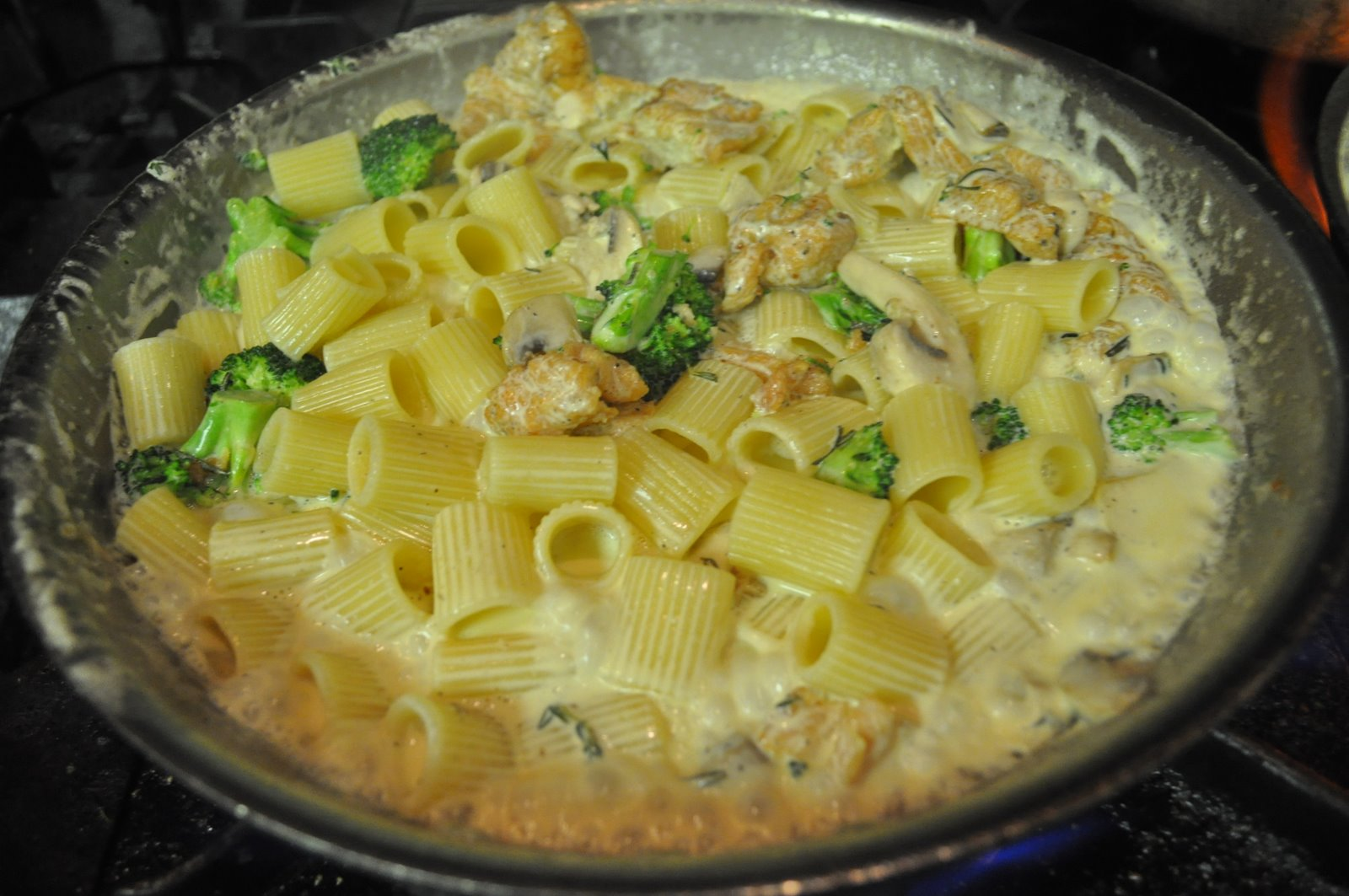 Cazuela de pollo al alfredo cocina y algo mas for Cocinar a 80 grados
